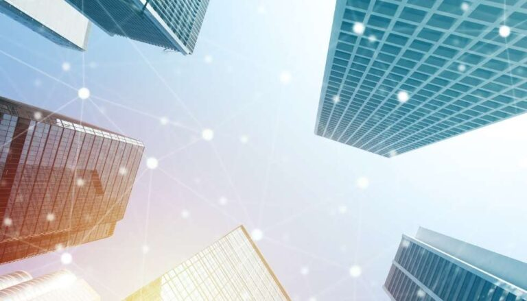 Implementación de Sistemas de Gestión de Edificios (BMS)